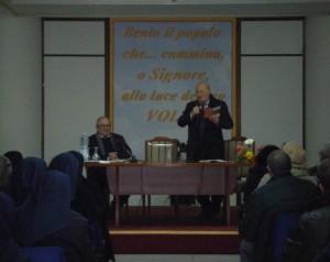 Mons. Luigi Longobardo durante la Lectura Patrum Neapolitana
